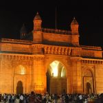 800px-The_Gateway_of_India_at_night. (1)