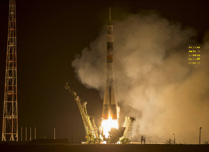 Expedition 43 Launch
