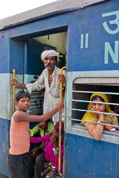 401px-Trains_of_India_03