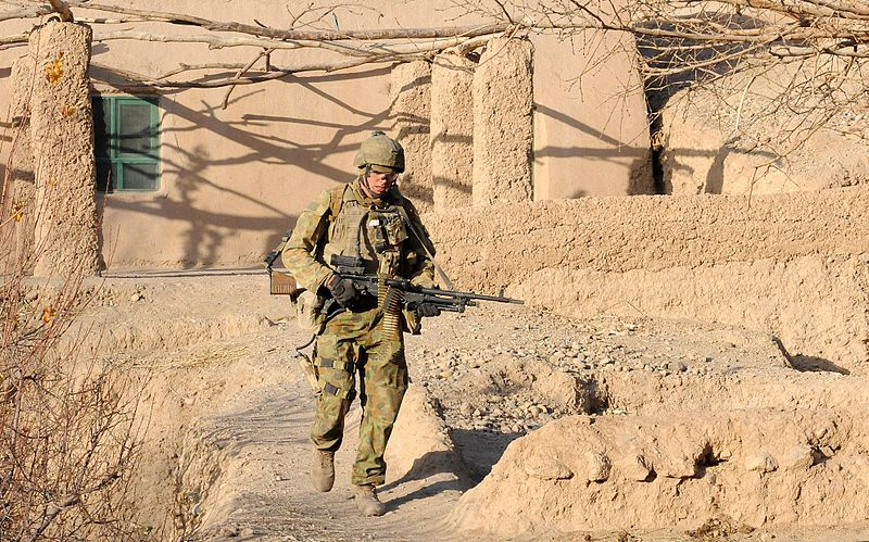 800px-Australian_Army_solider_in_Afghanistan_during_2010